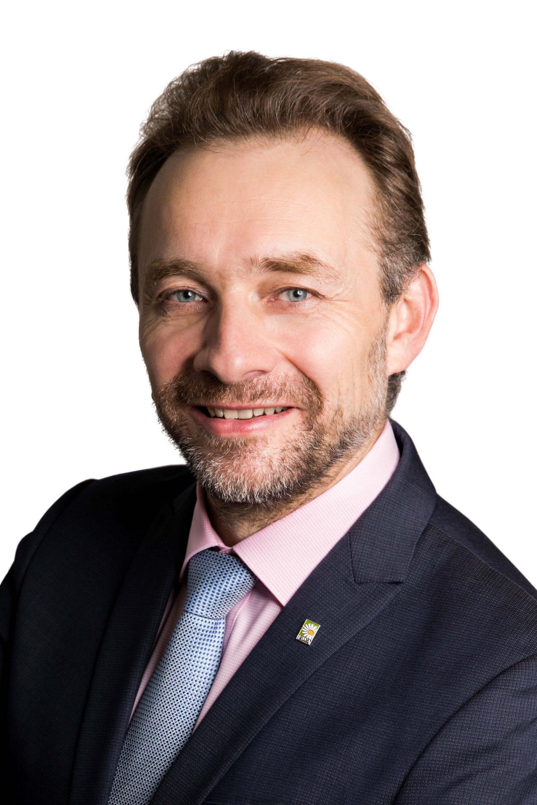 Arne M. Ragossnig